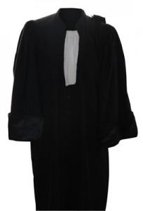 Robe d'avocat de Maître Brigitte Bouillonnec, avocat à Rochefort